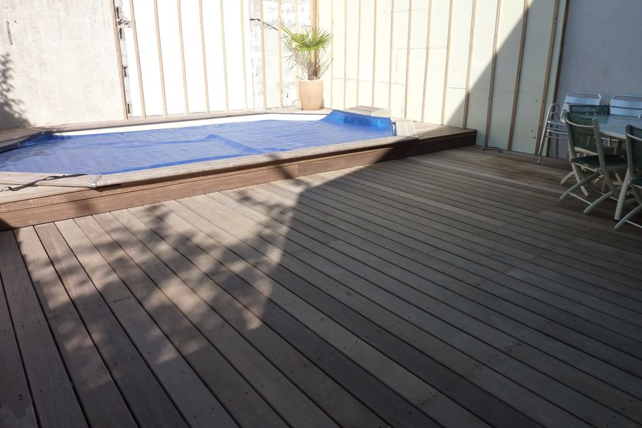 menuisier la rochelle mca sarl entreprise de menuiserie bois la rochelle transformation de. Black Bedroom Furniture Sets. Home Design Ideas